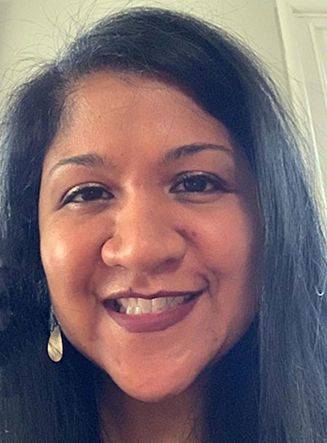 headshot of Lisa Bahadosingh